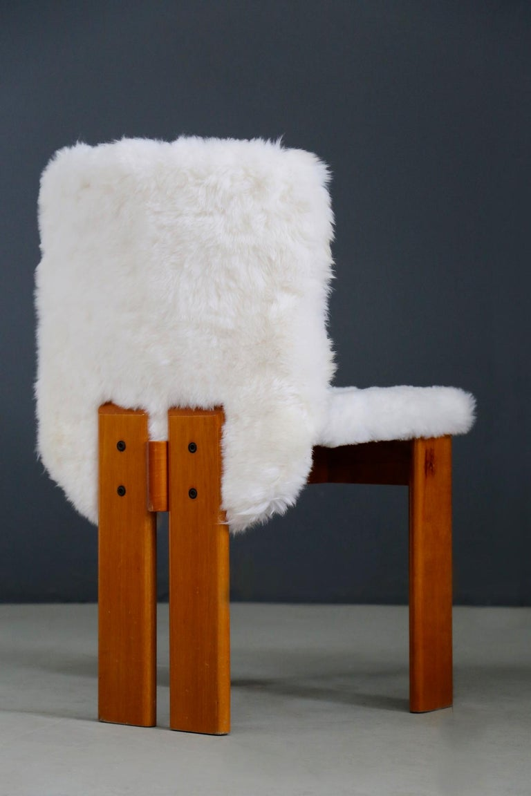 Afra e Tobia Scarpa Set of Six Chair Midcentury in Fur and Wood, 1970s For Sale 3
