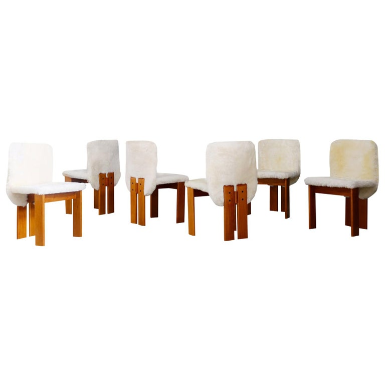 Afra e Tobia Scarpa Set of Six Chair Midcentury in Fur and Wood, 1970s For Sale