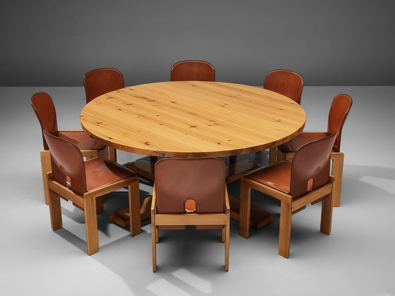 Afra & Tobia Scarpa '121' Dining Chairs and a Large Spanish Dining Table in Pine In Good Condition For Sale In Waalwijk, NL