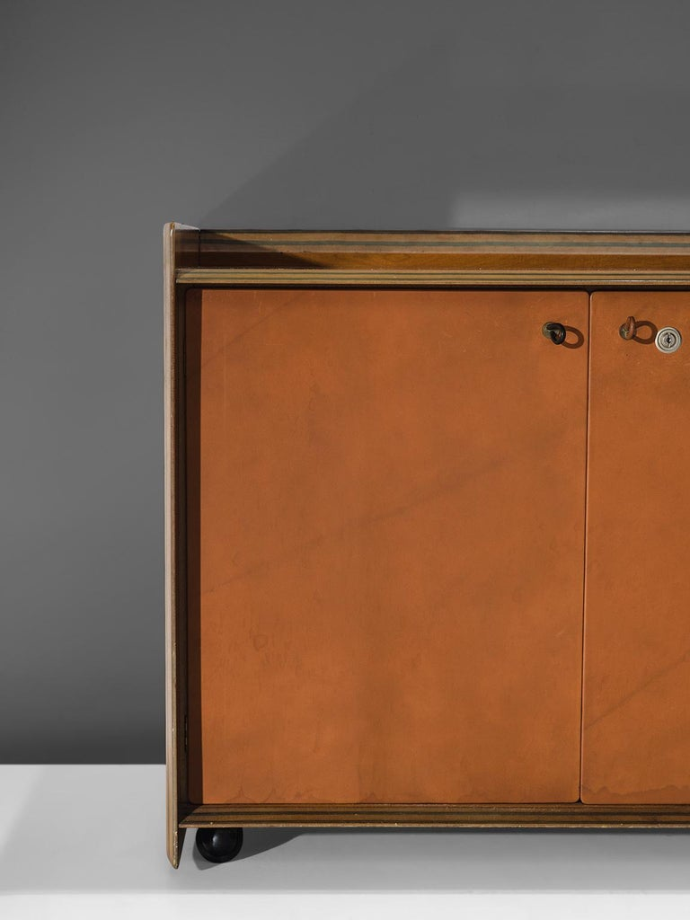 Late 20th Century Afra & Tobia Scarpa 'Artona' Leather Cabinet For Sale
