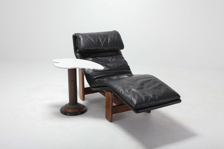 20th Century Afra & Tobia Scarpa Black Leather and Walnut Lounge Chair For Sale