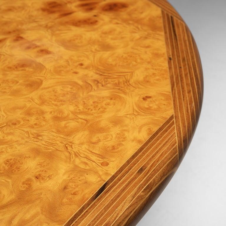 Afra & Tobia Scarpa Round Dining Table 'Artona' in Walnut For Sale 1