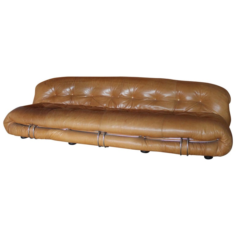 """Afra & Tobia Scarpa """"Soriana"""" for Cassina Three Seat Sofa in Leather, Italy 1972 For Sale"""