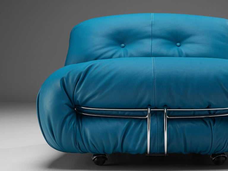 Afra & Tobia Scarpa 'Soriana' Lounge Chair with Ottoman in Blue Leather For Sale 4