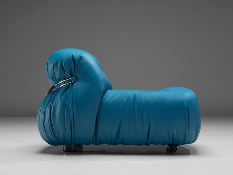 Afra & Tobia Scarpa 'Soriana' Lounge Chair with Ottoman in Blue Leather For Sale 5