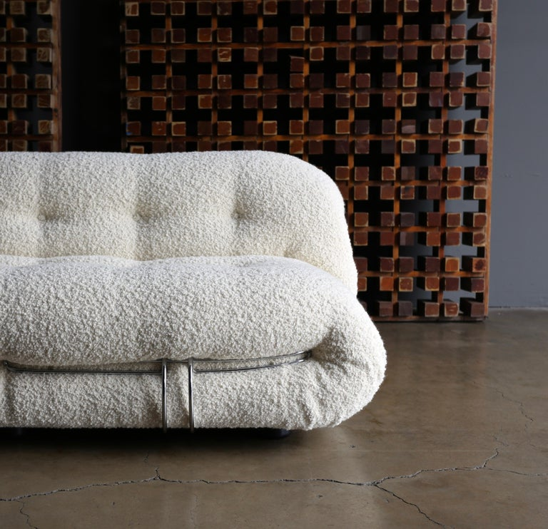 Modern Afra & Tobia Scarpa Soriana Settee for Cassina in Bouclé, circa 1975 For Sale