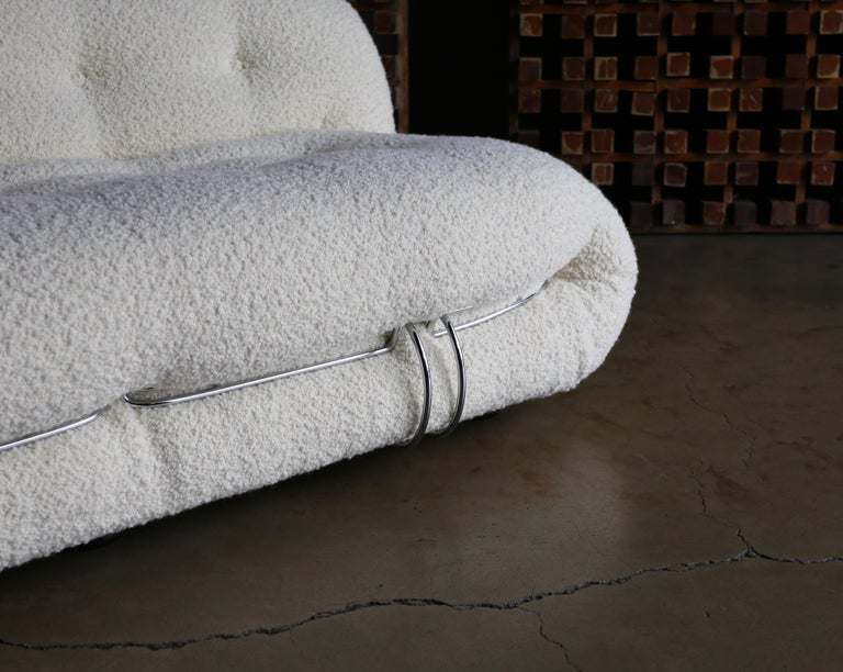 Afra & Tobia Scarpa Soriana Settee for Cassina in Bouclé, circa 1975 For Sale 2
