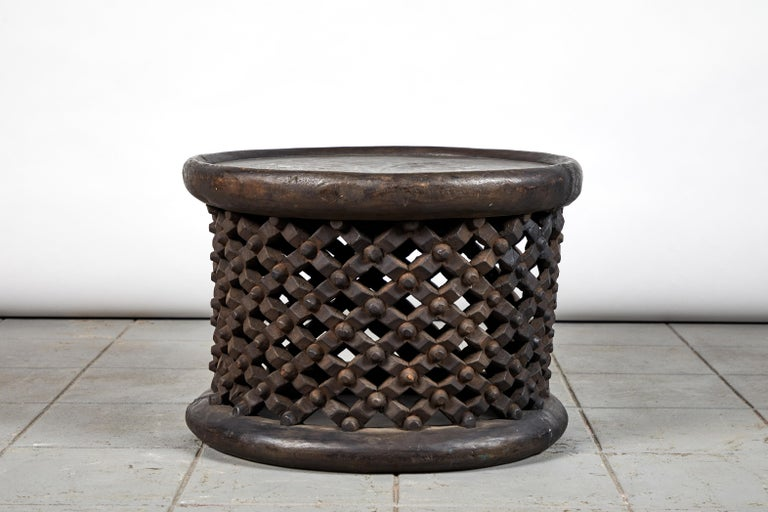 African Bamileke Table, 20th Century In Good Condition For Sale In Los Angeles, CA