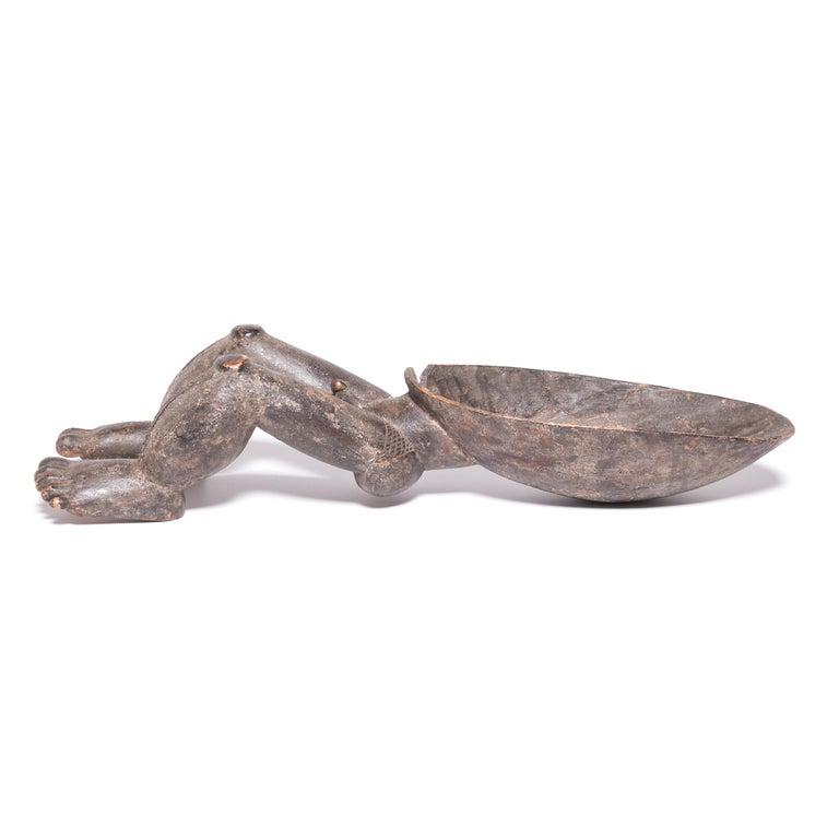 Hand-Carved African Dan Wunkirmian Ladle Figure For Sale
