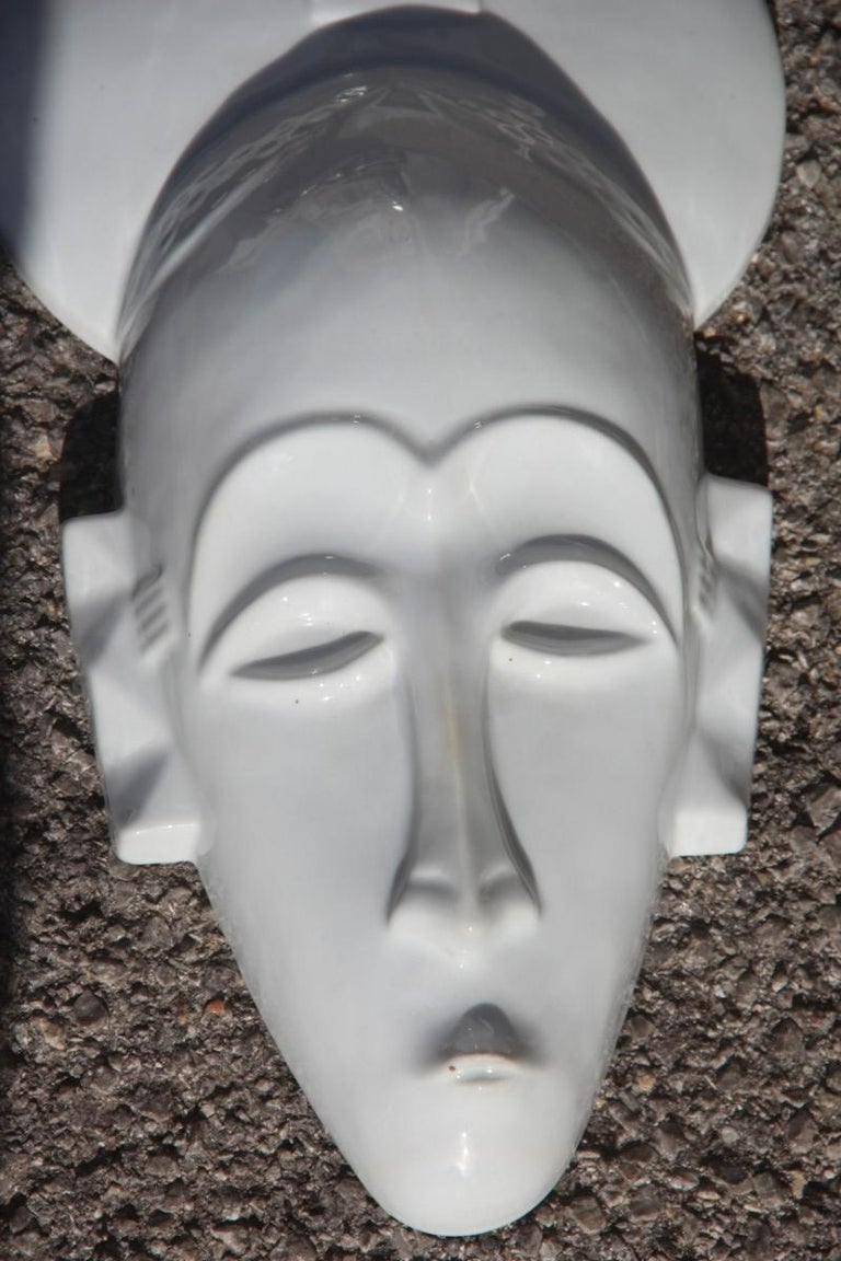 African Mask in Hard Porcelain Glossy French Design 2010 Jean Dange Paris White In Excellent Condition For Sale In Palermo, Sicily