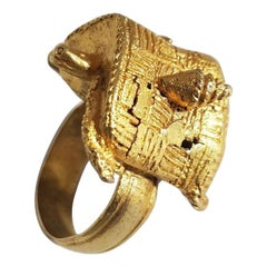 African Tribal Art Ashanti Chiefs Gold ring with Turtle