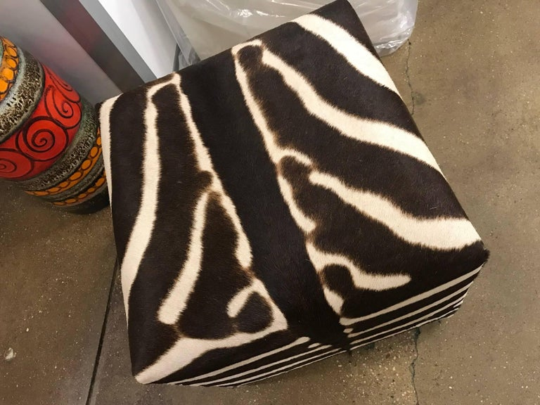 African Zebra Cube, Ottoman In New Condition For Sale In New York, NY
