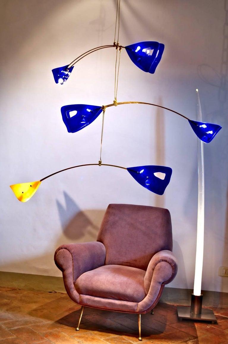 Illuminated Sculpture Murano Glass Brass Mobile Chandelier, Cobalt For Sale 6