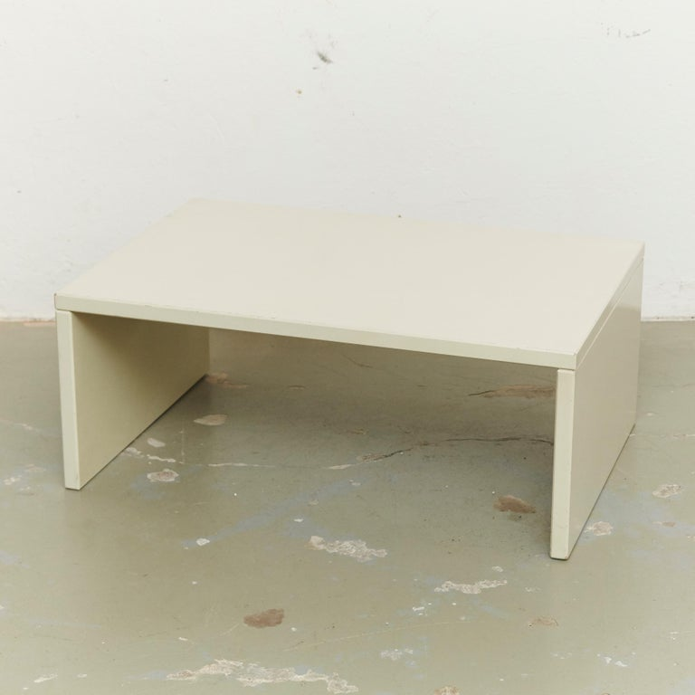 After Gerrit Rietveld Mid-Century Modern TZ74 Coffee Table for Spectrum, 1968 In Good Condition For Sale In Barcelona, Barcelona