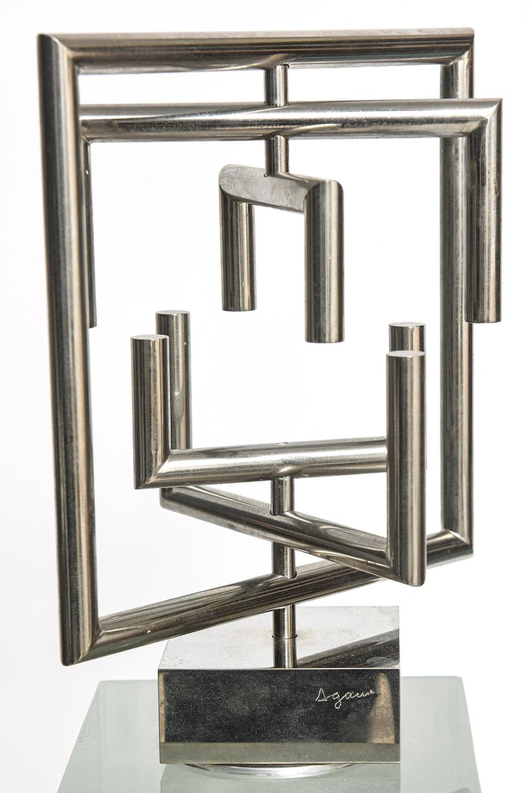 Agam Kinetic Space Divider Sculpture Limited Edition Artist Proof & Lucite Stand For Sale 2