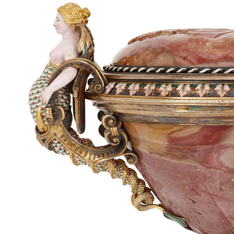19th Century Agate Cup with Jewelled and Enamelled Gold and Silver-Gilt Mounts by Morel For Sale