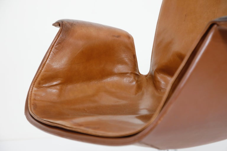 Aged Cognac Leather Bird Chairs by Fabricius & Kastholm for Alfred Kill, 1960s For Sale 4
