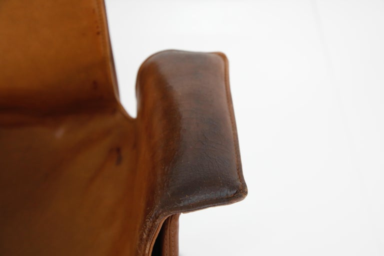 Aged Cognac Leather Bird Chairs by Fabricius & Kastholm for Alfred Kill, 1960s For Sale 7