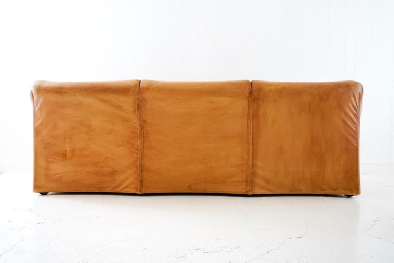 Aged Cognac Leather Tentazione Three-Seat Sofa by Mario Bellini for Cassina For Sale 6