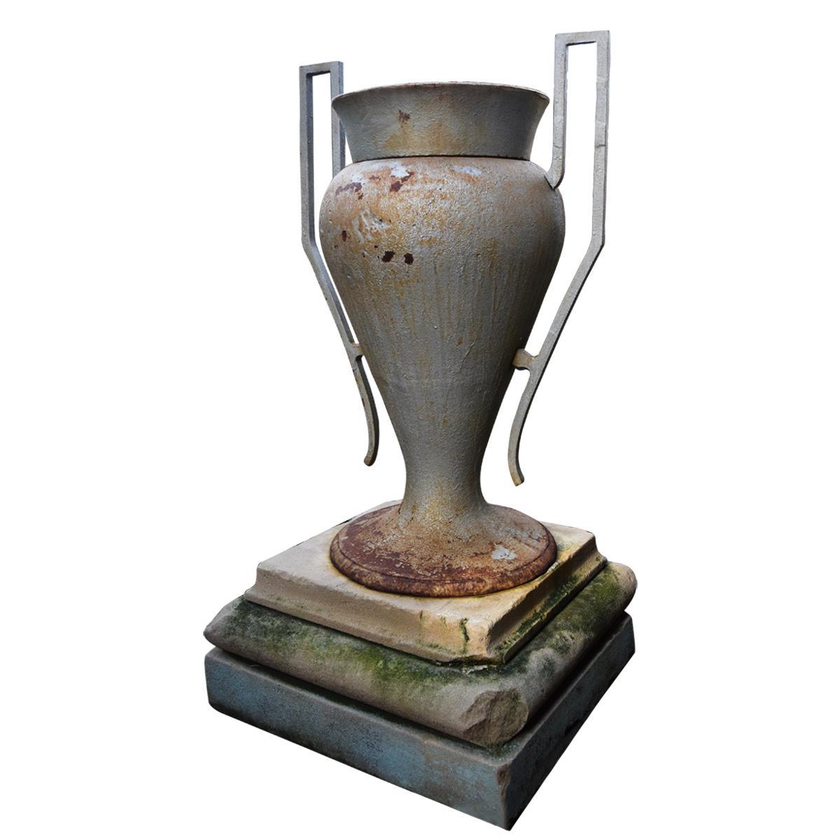 Classical shaped Garden Urn
