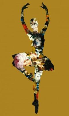Agent X, En Dedans Pirouette Avec Des Fleurs (Gold), Dancing Art, Affordable Art
