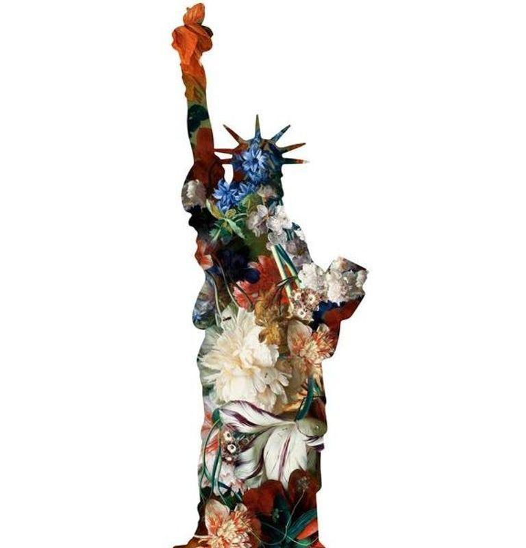 La statue de la Liberte(White), New York Statue of Liberty Floral