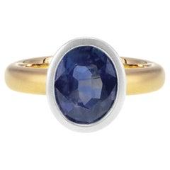 AGK Japan Lab Certified 2.23 Carat Vivid Blue Sapphire 18k Italian Finish Ring