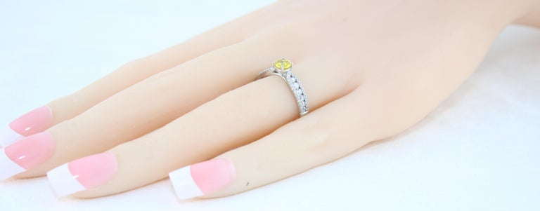 AGL Certified 0.42 Carat Yellow Sapphire Diamond Gold Ring For Sale 1