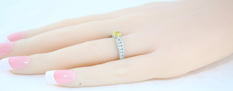 AGL Certified 0.42 Carat Yellow Sapphire Diamond Gold Ring For Sale 2