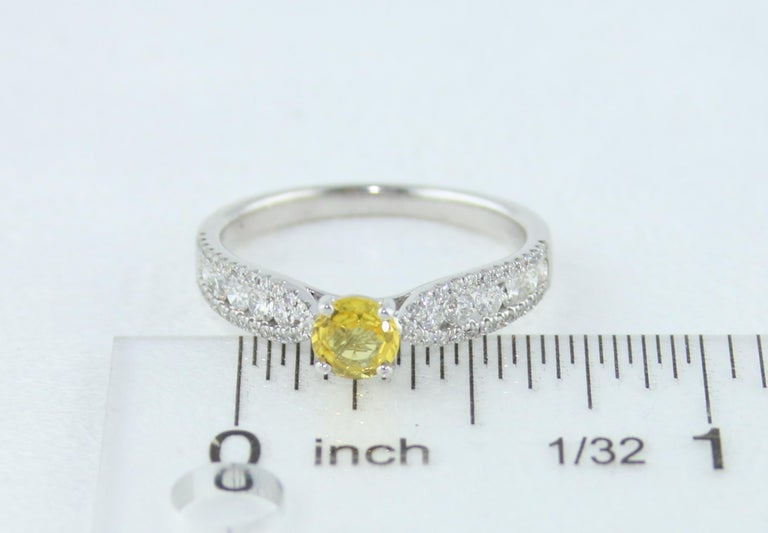 AGL Certified 0.42 Carat Yellow Sapphire Diamond Gold Ring For Sale 3
