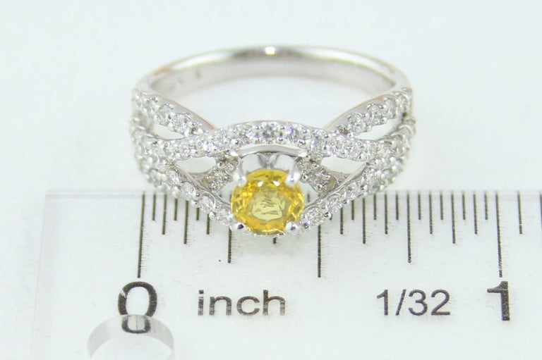 AGL Certified 0.59 Carat Round Yellow Sapphire and Diamond Gold Ring For Sale 3
