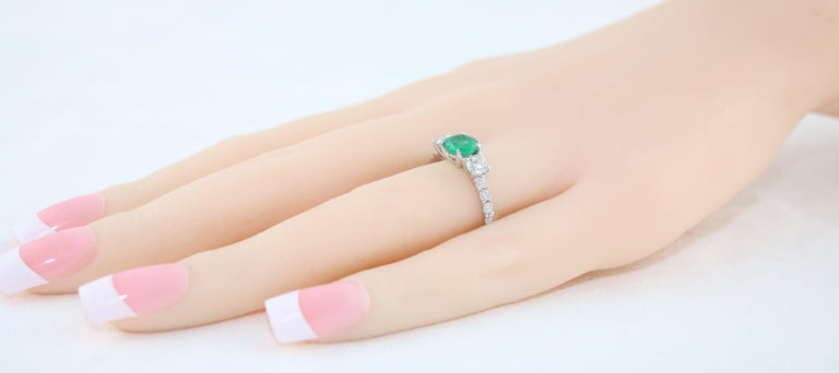 AGL Certified 0.77 Carat Emerald Three-Stone Diamond Gold Ring For Sale 1