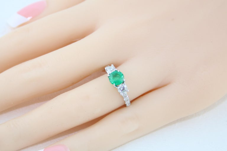 AGL Certified 0.77 Carat Emerald Three-Stone Diamond Gold Ring For Sale 3