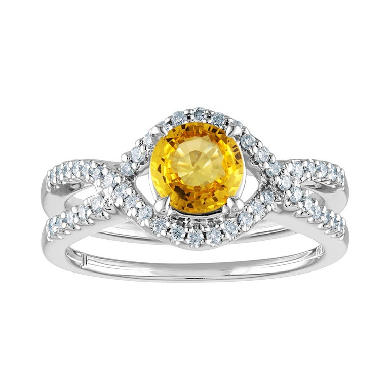 AGL Certified 0.77 Carat Round Yellow Sapphire and Diamond Gold Ring For Sale