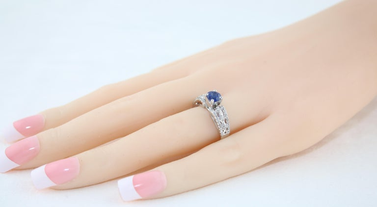 AGL Certified 0.80 Carat Sapphire Diamond Gold Ring In New Condition For Sale In New York, NY