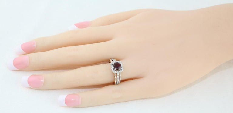 Round Cut AGL Certified 0.81 Carat Round Ruby Diamond Gold Ring For Sale