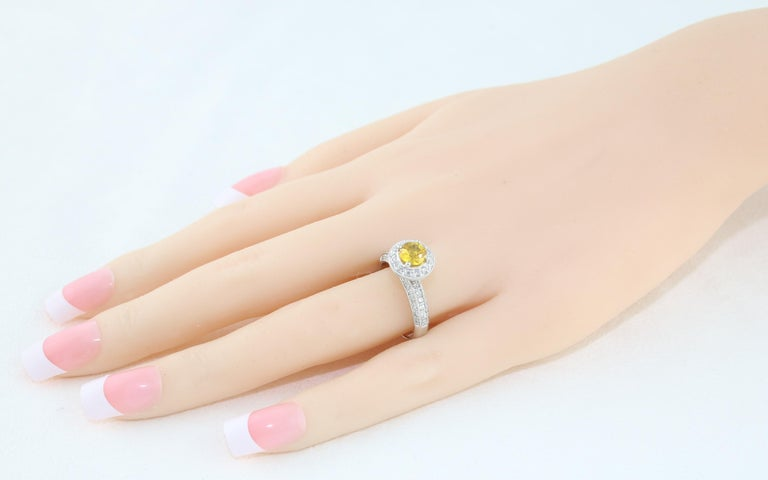 Round Cut AGL Certified 0.86 Carat Round Yellow Sapphire Diamond Gold Milgrain Ring For Sale