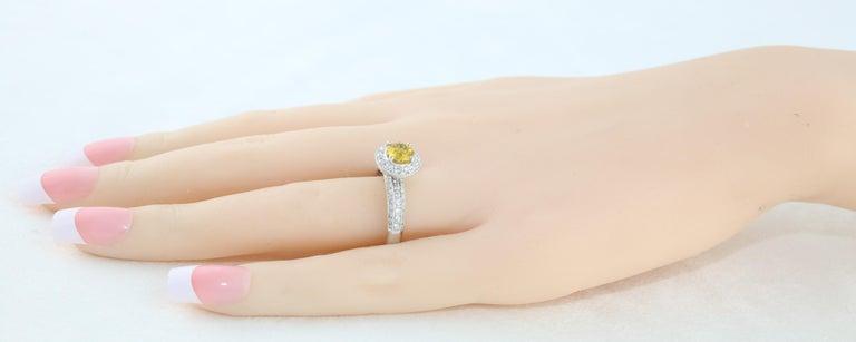Women's AGL Certified 0.86 Carat Round Yellow Sapphire Diamond Gold Milgrain Ring For Sale