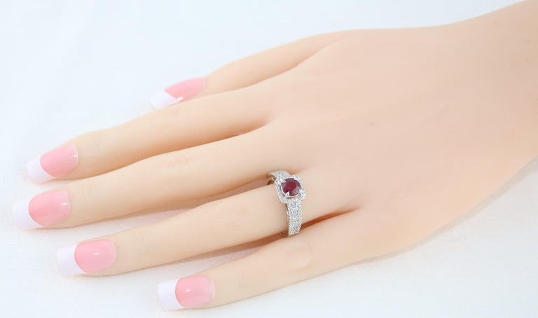 AGL Certified 0.87 Carat Round Ruby Diamond Gold Ring In New Condition For Sale In New York, NY