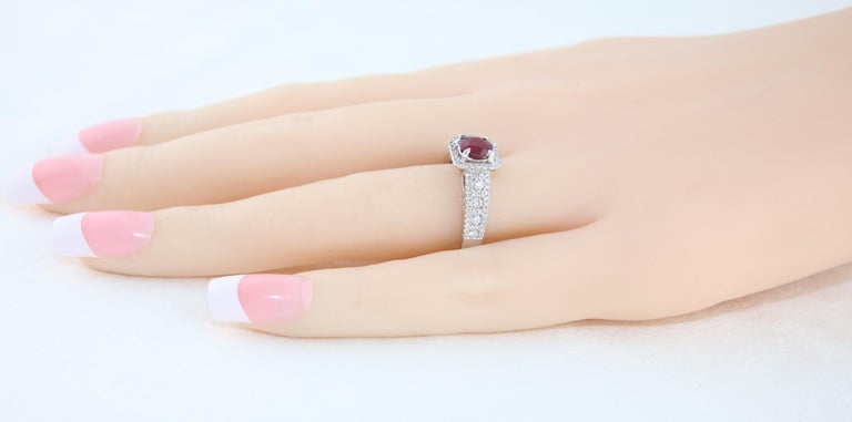 AGL Certified 0.87 Carat Round Ruby Diamond Gold Ring For Sale 1