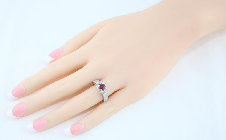 AGL Certified 0.87 Carat Round Ruby Diamond Gold Ring For Sale 2