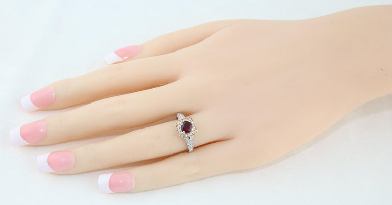 AGL Certified 0.88 Carat Round Ruby Diamond Gold Milgrain Ring In New Condition For Sale In New York, NY