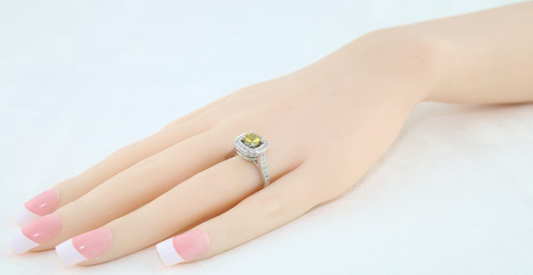AGL Certified 0.92 Carat Round Yellow Sapphire Diamond Gold Ring For Sale 1