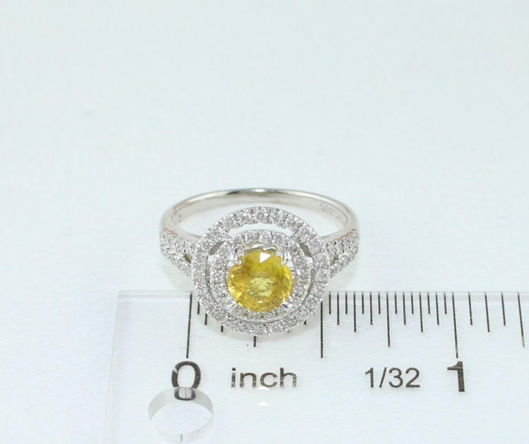 AGL Certified 0.98 Carat Round Yellow Sapphire and Diamond Gold Ring For Sale 4