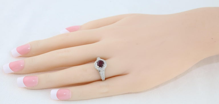 Round Cut AGL Certified 0.99 Carat Round Ruby Diamond Gold Milgrain Ring For Sale