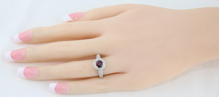 AGL Certified 0.99 Carat Round Ruby Diamond Gold Milgrain Ring For Sale 3