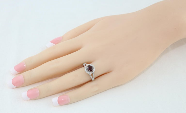 Contemporary AGL Certified 1.00 Carat Round Ruby Diamond Gold Ring For Sale