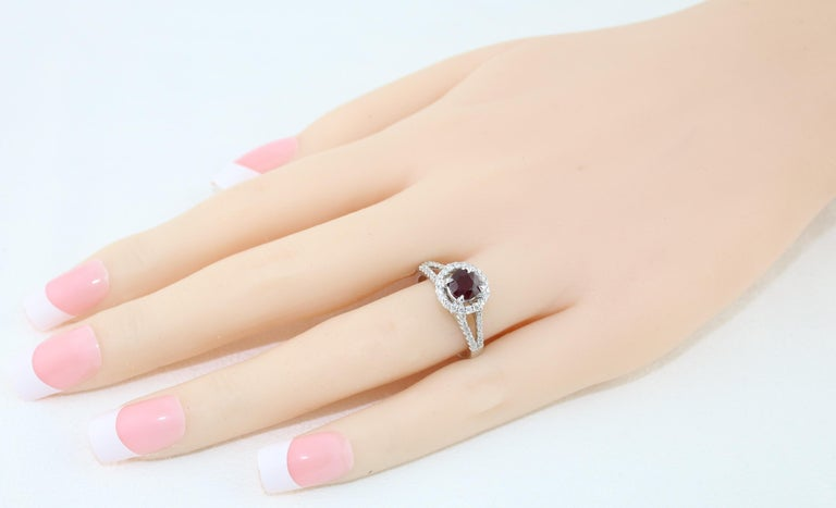 Women's AGL Certified 1.00 Carat Round Ruby Diamond Gold Ring For Sale