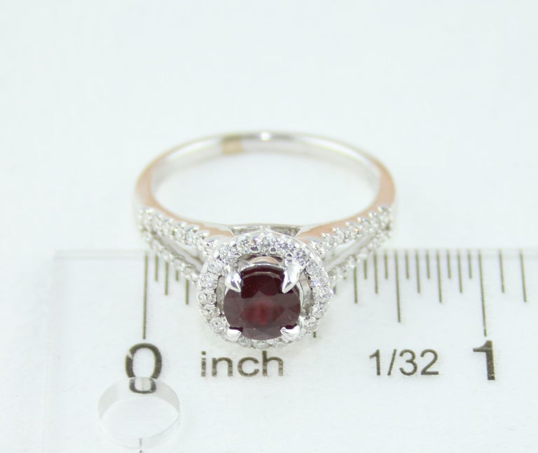 AGL Certified 1.00 Carat Round Ruby Diamond Gold Ring For Sale 3