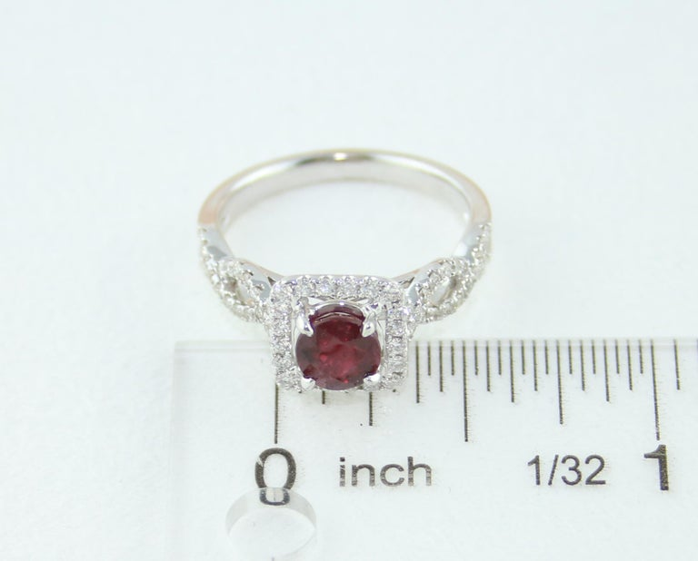 AGL Certified 1.04 Carat Round Ruby Diamond Gold Ring For Sale 5